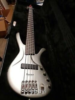 Ibanez Ergodyne EDA905 5-String Electric Bass w case Untested