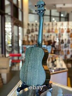 Kamehameha Ukulele KT-21 Green Tenor Solid Top Mahogany High Gloss