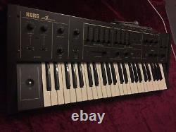Korg Delta Dl-50 Vintage Analogue Synthesizer/string Machine
