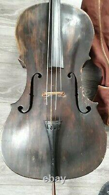 Nr. 677 sehr altes Cello