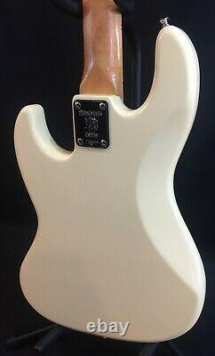 Tagima TW-73 Jazz Bass 4-String Electric Bass Guitar Vintage White
